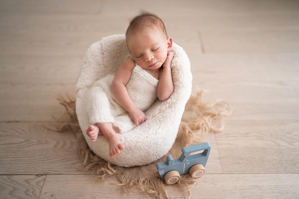 Newborn-photography-Noah-11days-old-photographe-adina-felea